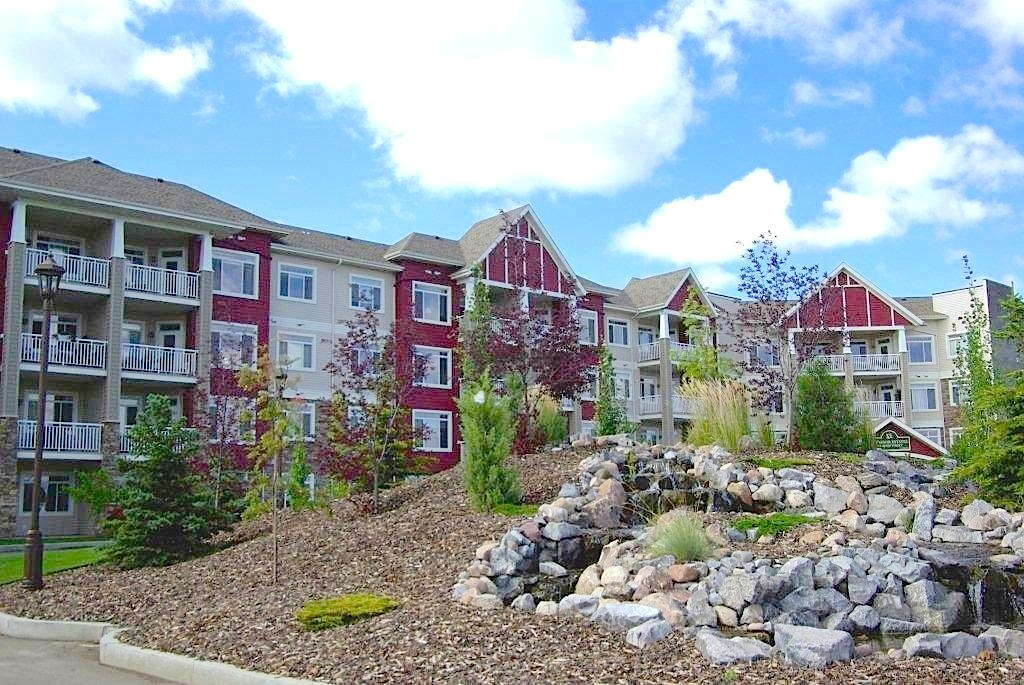 Adult Living Options - Spruce Grove Adult Condos, HOAs, and